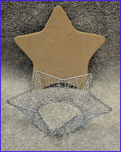 basket-beaded-wire-star-basket-956324-open-sm.jpg (500×632)