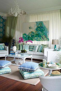 interior design home decor living room http://www.womans-heaven.com/living-room-interior-design/