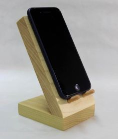 Handmade Hardwood Phone Stand - Iphone Holder - Ideas of Iphone Holder - Iphone Holder, Iphone Stand, Cell Phone Stand, Iphone Phone, Support Iphone, Wood Projects, Woodworking Projects, Woodworking Plans, Support Telephone