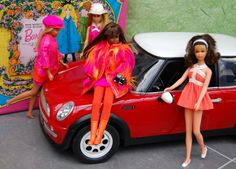 Friends & Family - Barbie, A group of Francies admire a cool car. Very cool car I want one.