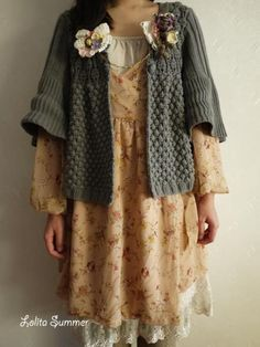 little forest girl Girl Japanese, Japanese Fashion, Tokyo Street Fashion, Mori Mode, Chic Outfits, Girl Outfits, Grunge Outfits, Forest Fashion, Bohemian Mode