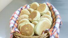 DONAS ESPONJOSAS CON AZUCAR - La Cocina de Norma Gorditas Recipe Mexican, Mexican Food Recipes, Baking Recipes, Snack Recipes, Dessert Recipes, Desserts, Mexican Bakery, Mexican Sweet Breads, Griddle Cakes