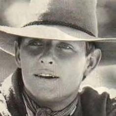 Tom Burlinson as Jim Craig in The Man from Snowy River Movies Showing, Movies And Tv Shows, Jim Craig, Man From Snowy River, Horse Movies, Hot Cowboys, Australian Actors, Movies Worth Watching, Cute Actors