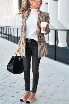Chic Khaki Suit Blazer - Outfits for Work - Casual Outfits Best Business Casual Outfits, Trajes Business Casual, Women Business Casual, Business Fashion, Office Outfits Women Casual, Stylish Outfits, Fall Outfits For Work, Classy Outfits, Formal Casual Outfits