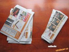 Klobouk pletený z papírových ruliček.   Mimibazar.cz Magazine Rack, Storage, Cover, Home Decor, How To Knit, Crafts For Kids, Tejidos, Purse Storage, Decoration Home