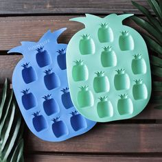 sunnylife - pineapple ice trays 2 set blue/green - shophearts - 1