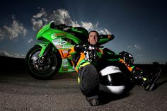 METZELER SET FOR HIGH SPEED CHALLENGE AS THEY GO 'BETWEEN THE HEDGES' AT THE NORTH WEST 200