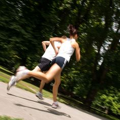 How to Breathe When Running. This is the key to a better run. I promise!