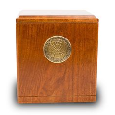 Find the right solution for your loved one with our Army Medallion Military Cremation Urn. Our selection offers something for every taste and budget. Cremation Urns, Brown Wood, Biodegradable Products, Army, Military, Bronze, Crafts, Gi Joe, Manualidades