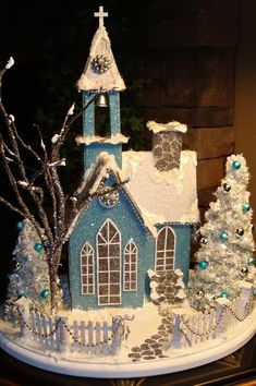 Correo: Loida Iglesias – Outlook Snow Globes, Gingerbread, Teal, Furniture, Desi… – Famous Last Words Christmas Village Houses, Christmas Gingerbread House, Putz Houses, Miniature Christmas, Christmas Villages, Noel Christmas, Christmas Projects, Fairy Houses, Vintage Christmas