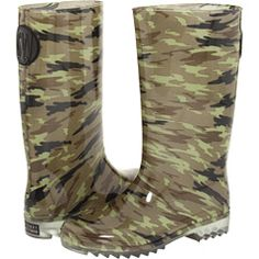 designer camo... awesome! If only it were realtree than i would buy it!