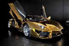 carro mas caro del mundo de oro
