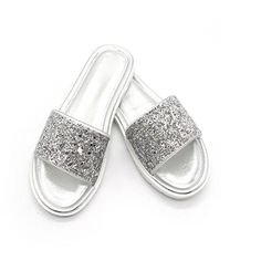 HEE GRAND Bling Vamp 2018 Women New Slippers Waterproof Flats with Platform Slide Peep-toe Mujer Causal Slide - fashionshoeshouse Bling Sandals, Strap Sandals, Flat Sandals, Sparkly Shoes, Glitter Shoes, Flat Leather Boots, Warm Snow Boots, Martin Boots, Women's Pumps