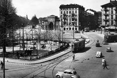 Torino piazza Statuto. Sulla sinistra corso Francia