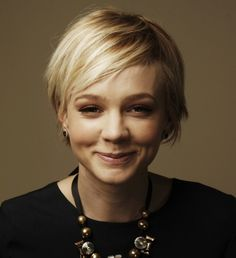 Pixie Cropped // I'm a little obsessed with Carey Mulligan's hair. This is a really cute in-between cut.