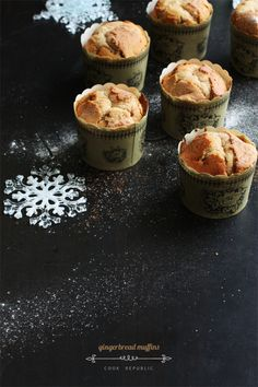 Gingerbread Muffins - Cook Republic #christmas #breakfast #spices