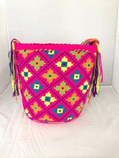 Large Multi-Colored Wayuu Mochila DT275