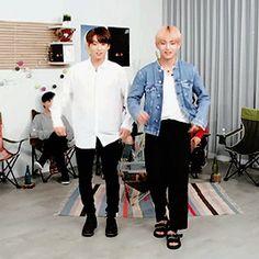 BTS aegyo gif<3 Jungkook and V