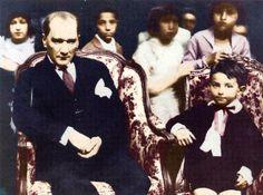 Mustafa Kemal Atatürk, çocukları çok seven ve onlara değer veren bir liderdi. İşte çocuklarla ilgili unutulmayan 10 sözcü...