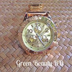 REL-0001 Reloj Dorado con Esfera Giratoria, Acero Inoxidable, RD$1,200.00