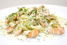 Nom! A plate of the finished salmon and prawn pasta