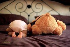 crazycherrys - Willkommen naissance part naissance bebe faire part felicitation baby boy clothes girl tips Monthly Baby Photos, Newborn Baby Photos, Newborn Shoot, Newborn Pictures, Baby Boy Newborn, Baby Kids, Foto Baby, Baby Blog, Cute Baby Pictures