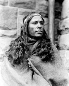 Baby Lone, Kickapoo medicine man. Photo: 1917.