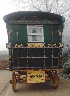 Gypsy Caravan, Gypsy caravans, Gypsy Waggons and Vardos: Features and Articles