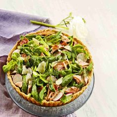 Lohisalaattipiirakka Vegetable Pizza, Vegetables, Vegetable Recipes, Veggies