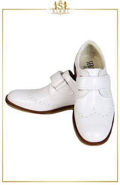 Stylish and classy, we present you our black velcro brogues. This has been one of our brands' most successful styles of recent seasons. These chic looking shoes have a soft sheen finish and  are ideal for any occasion. Shop now at SIRRI kids #shoes for boys ideal for #wedding #communion online...Elegant fashion for children and men. #fashion #shopping      Mesaj yazın