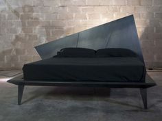 Download the catalogue and request prices of metal double bed Ipno, Home Brand collection to manufacturer Casalese Style
