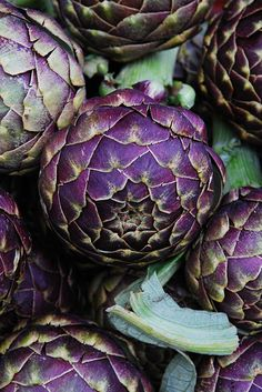 """A purple variety of the Big Heart artichoke - Suncoast Farms, Lompoc"" http://blogs.laweekly.com/squidink/2010/03/artichokes_farmers_market_los_angeles.php"