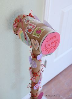 Valentine's mailbox. What a fun idea for the kids.
