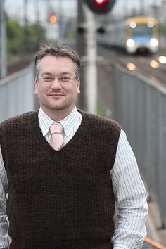 The Humphrey vest from Knitty.com - free pattern by Astrid Kauffman http://knitty.com/ISSUEdf10/KSPATThumphrey.php