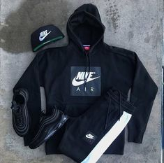 Stylish Mens Outfits, Sporty Outfits, Nike Outfits, Black Outfits, Sneakers Outfit Men, Adidas Outfit, Hype Clothing, Mens Clothing Styles, Mens Fashion Wear