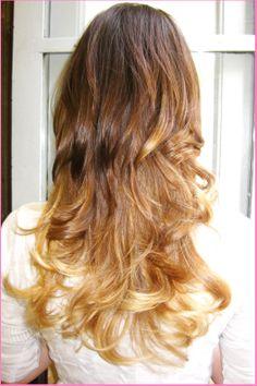 Montanucci Acconciatori Style long hair#sfumature trendy tono su tono#piega ondulata #effetto spiaggia# our creation#città di castello pg# www.duostylist.it