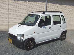 white Alto Car, Suzuki Wagon R, Kei Car, Pickup Trucks, Food Truck, Japan, Dreams, Cars, Mini