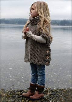boğazlı ve yanlardan düğmeli kız çocuk pançosu - Kadın, Giyim, Moda, Sağlık,