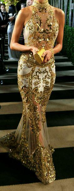 Zuahir Murad golden gown ❤❤❤