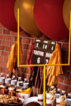 Football Goal Posts  Super Bowl Party Table by HelloMySweet,