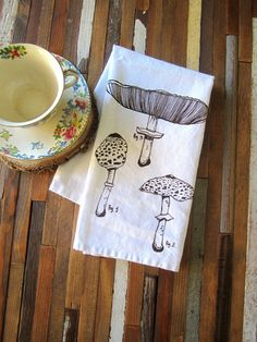 Cloth Napkins - Screen Printed Napkins - Eco Friendly Dinner Napkins - Mushroom - Table Setting - Botanical - Cloth Napkin Set - Napkins