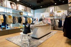 Mode Weber Rorschach shop by dioma, Rorschach – Switzerland » Retail Design Blog
