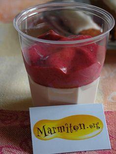 Panacotta vanille et espuma de fruits rouges (73ème Rencontre Marmiton)