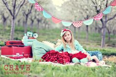 styled girls portrait session / bunting