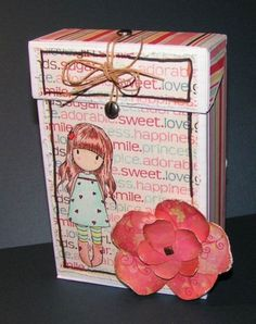 Lots to keep the fingers busy this month at Scrap etc. Tonight it was an online crop to make a box in which to store stamped images. That's handy as I've signed up for the monthly swap there this month, which just happens to be a swap of stamped images. Projects For Kids, Craft Projects, Recycling Projects, Cigarette Box Crafts, Cardboard Crafts, Paper Crafts, Playing Card Box, Money Cards, Recycled Crafts