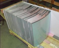 5mm, 6mm, 8mm, or 10mm curved toughened glass for fireplaces.