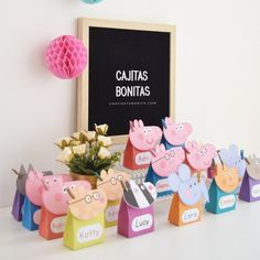 Peppa Pig and his friends birthday party boxes, Peppa Pig Candy Box, Peppa Pig Birthday, Peppa pig souvenir boxes Peppa Pig Birthday Decorations, Pig Birthday Cakes, 3rd Birthday Parties, 2nd Birthday, Birthday Banners, 1st Birthdays, Birthday Invitations, Bolo Da Peppa Pig, Cumple Peppa Pig