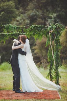 Poronui Lodge Wedding by Bayly and Moore - via Magnolia Rouge