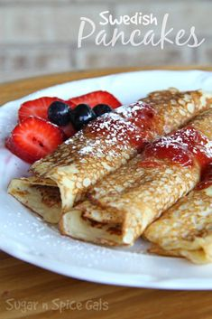 Breakfast Desayunos, Breakfast Dishes, Breakfast Recipes, Mexican Breakfast, Pancake Recipes, Breakfast Sandwiches, Waffle Recipes, Swedish Pancakes, Pancakes And Waffles