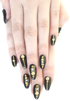 Black and gold~*